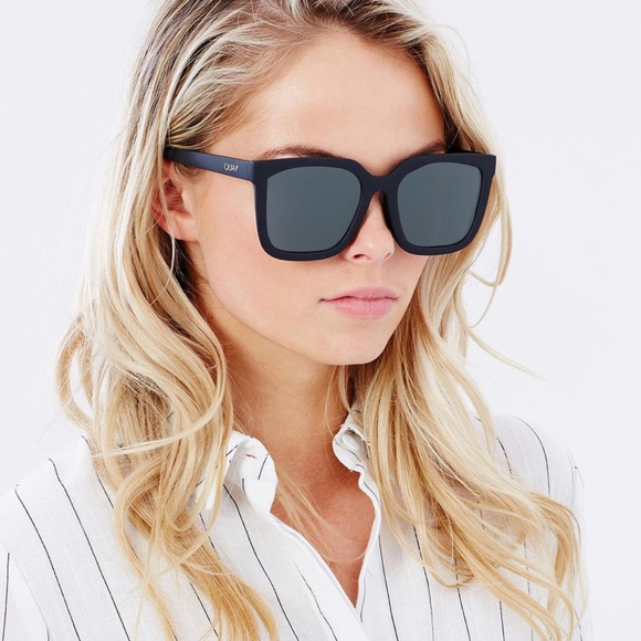 d6e681e497267 QUAY Australia Genesis Sunglasses w  Hard Case. M 5ab7fadba6e3ea6fe3e9db09